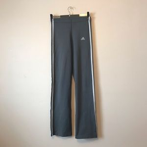 Adidas small sport pants in grey color sp